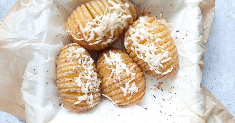 Hasselback aardappelen met kaas