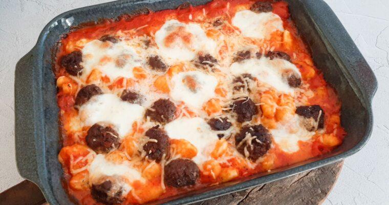 Gnocchi ovenschotel met gehaktballetjes