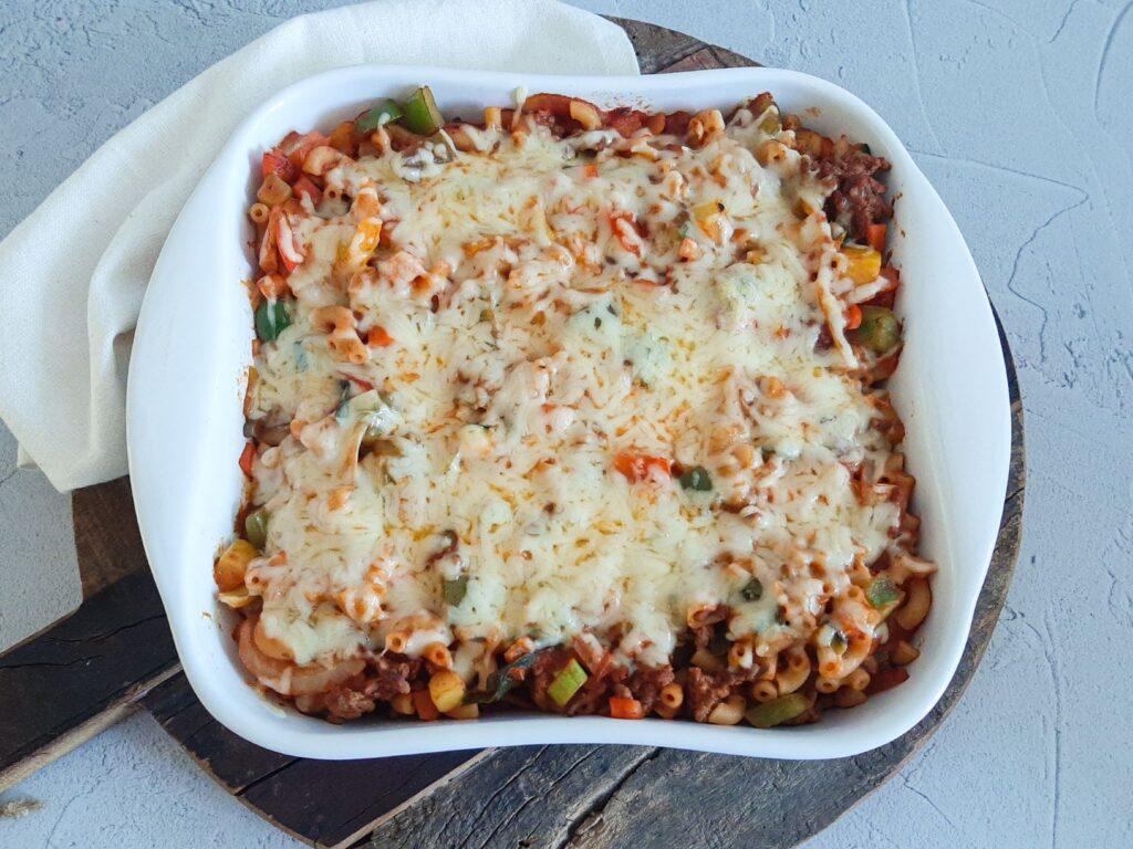 Simele macaroni ovenschotel
